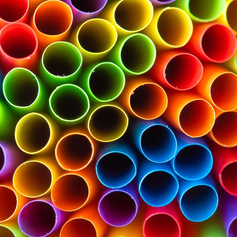 One-Use Plastic Straw